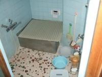 バスルーム(リフォーム前)